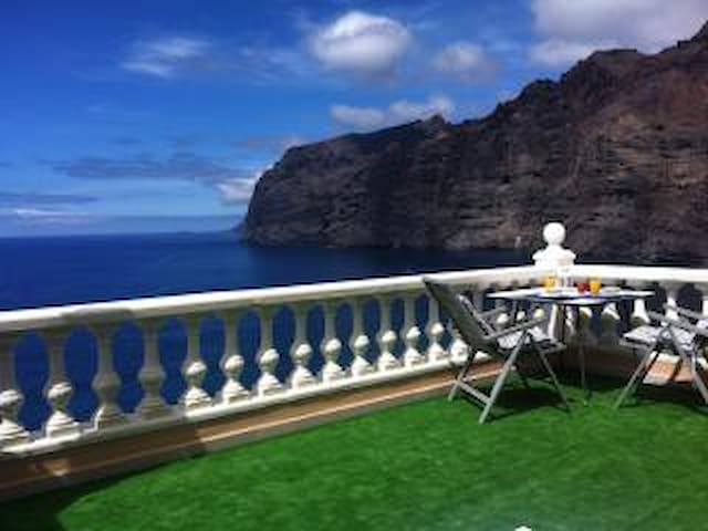 APARTMENT WITH AMAZING VIEWS - Los Gigantes - Apartament