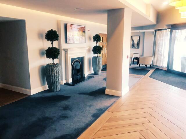 2 Bedroom Apartment With Gym Five-ways Broadway