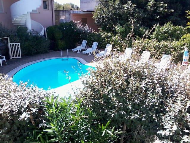 Accogliente bilocale con piscina #3 - Badesi - Apartment