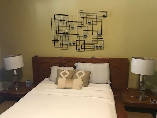 Super comfortable tempur pedic mattress