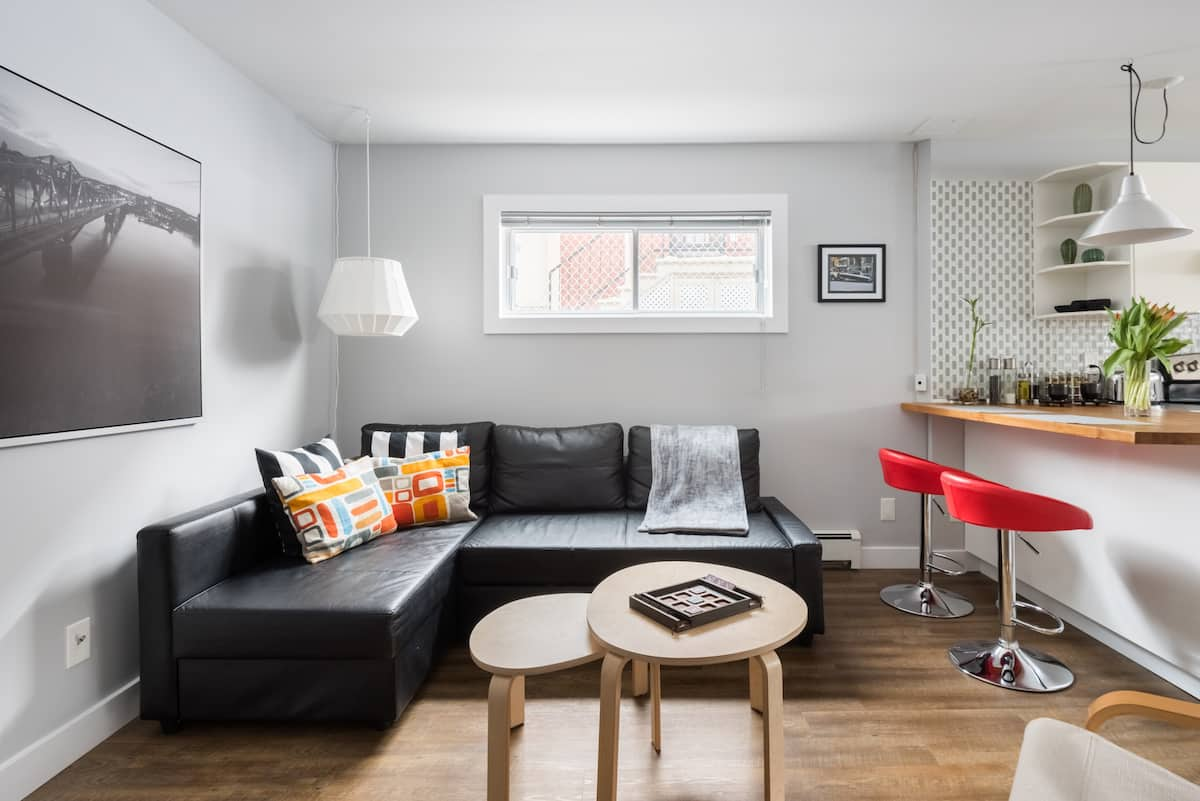 Explore the Capital of Canada from a Spacious Apartment