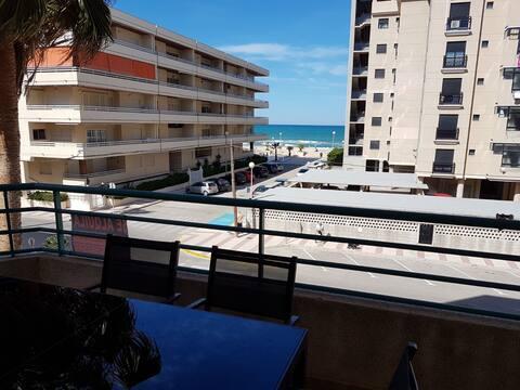 apartamento con vistas  al mar playa daimus