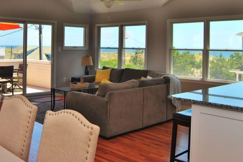 Third floor open concept living with ocean views