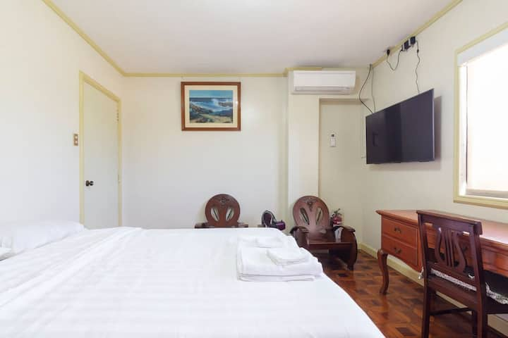 Boutique Hotel Quality Simple Room 25 Mbps