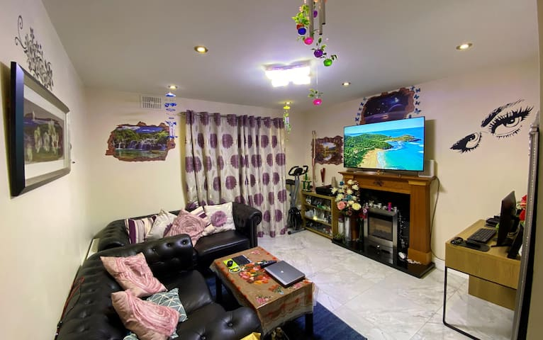 Spacious Double Bedroom in Kilcock Town