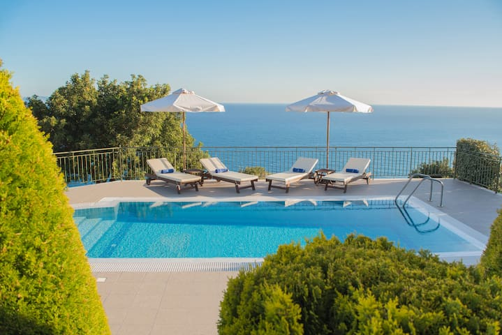 Villa Penelope Boundless Sea Views - Platies