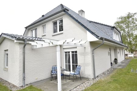 Calm Holiday Home with Garden in Zingst Germany