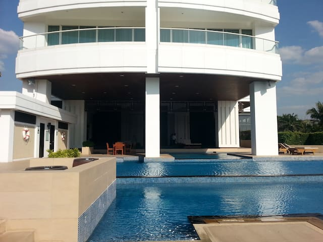 Luxury apartment near Pattaya - Chon Buri - Byt