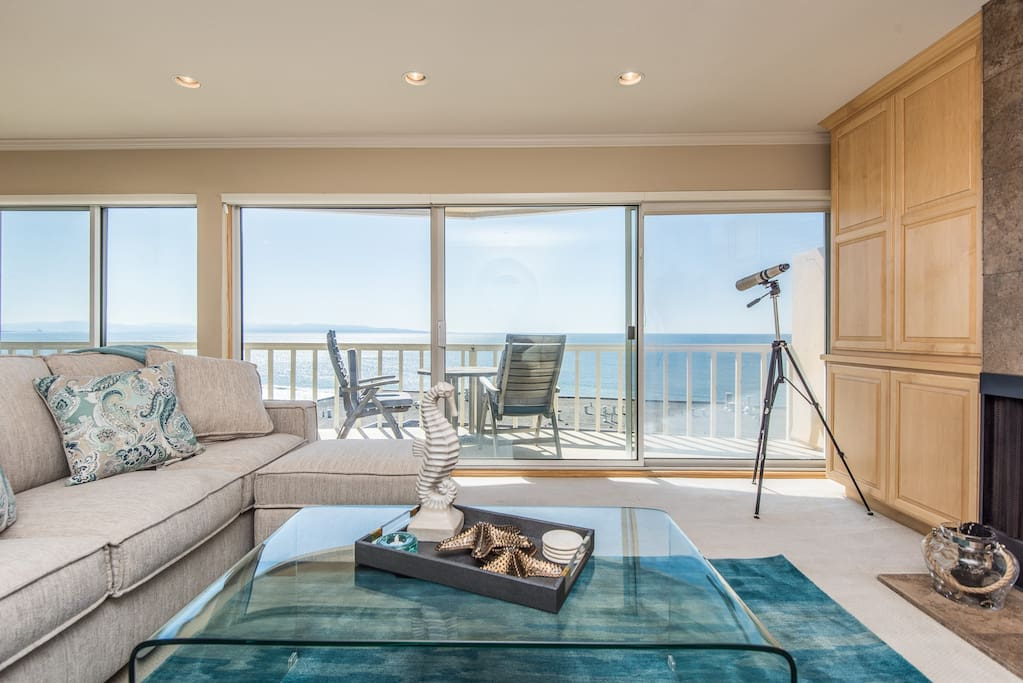 Panoramic Ocean View from living area