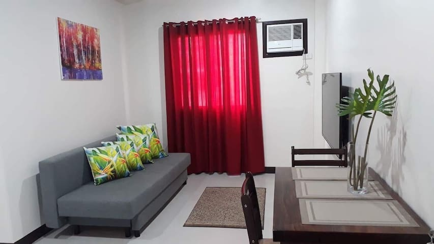 Cozy 1 Bedroom Apartment 20mins from Airport!