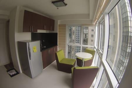 Loft apartment at the heart of Fort BGC - Manila