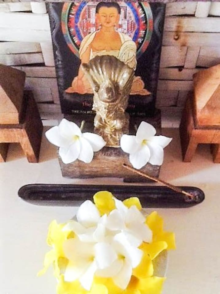 SPECIAL ENERGY  AND BEAUTY FROM BALI: a small altar in yr room. .