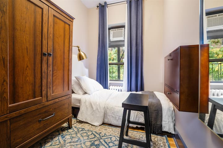 Private Room Chelsea 5D
