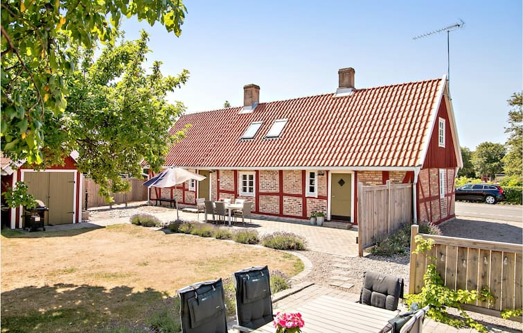 Holiday cottage with 3 bedrooms on 130m² in Jonstorp