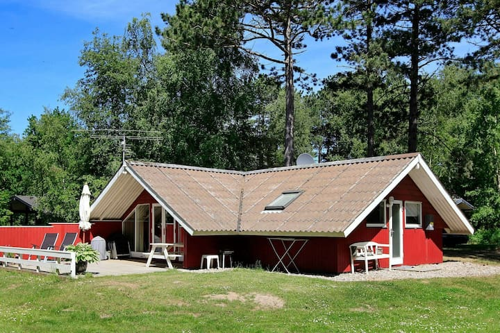 6 person holiday home in Humble