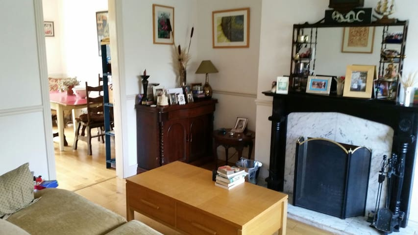 Galway: 3 bed home between Salthill and Barna