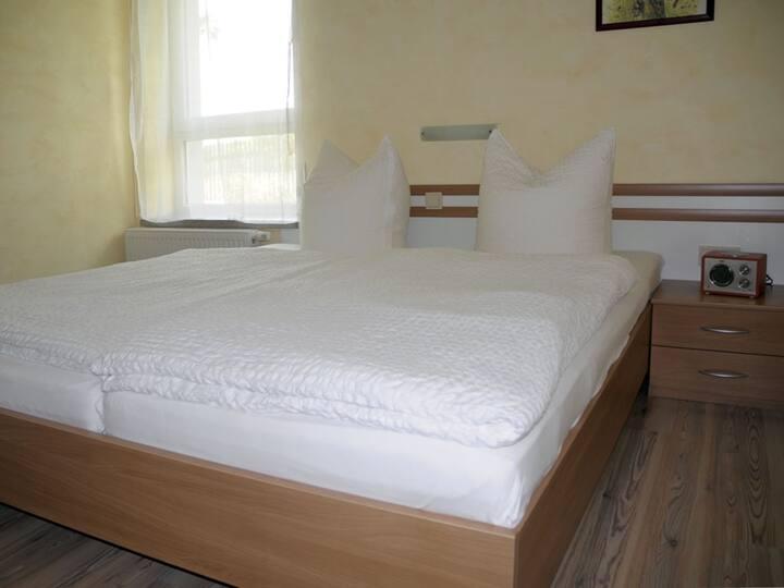 Ferienhaus Gebind (Kranichfeld) - LOH05487, Ferienwohnung 1, 40 qm, 1 Schlafzimmer, max. 4 Personen