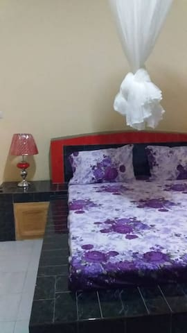 Appartement  meuble de 4 chambres a Toubab Dialaw