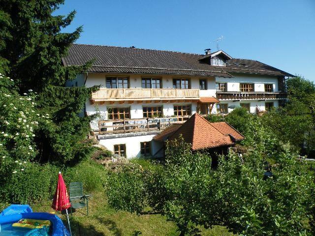 Pension - Ferienwohnung Landhaus Riedelstein (Drachselsried), Einzelzimmer-Junior-Suite 03 (18qm) mit Terrasse und Kaffeemaschine