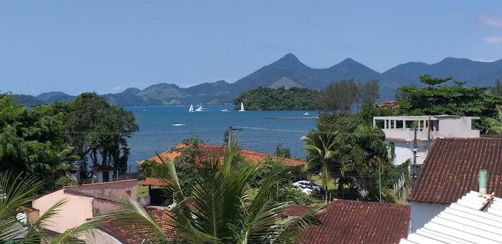 Lugar tranquilo próximo as melhores praias e ilhas