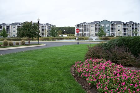 WEEKLY Rental Villages of 5 Points - 2bed/2b Condo - Lewes - Apartament