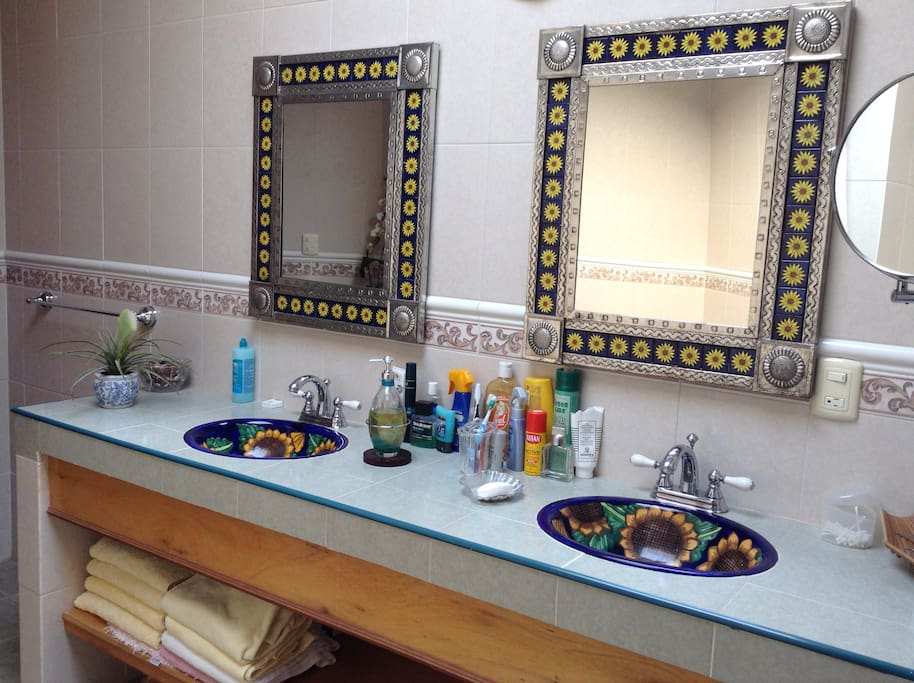 This bedroom shares a bathroom with listing Casa de la Abuela II