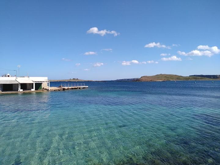 Apto. con vistas al mar y piscina