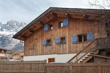 Duplex in Chalet with a top view