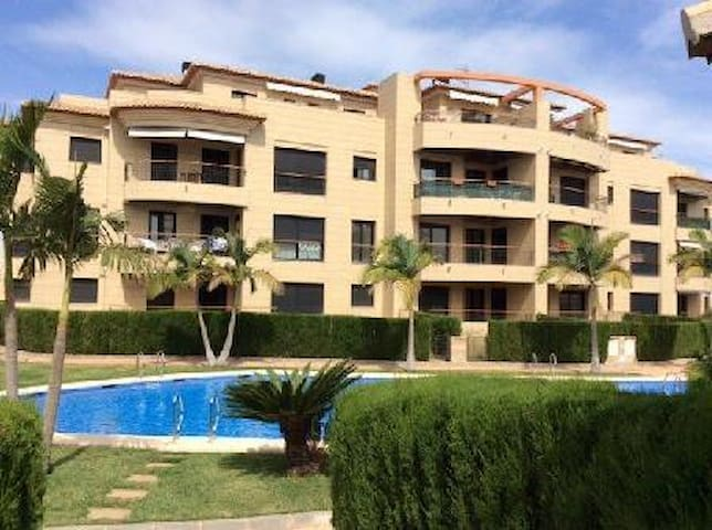 Luxury new apartment in 'Jardines de Gorgos-Javea'