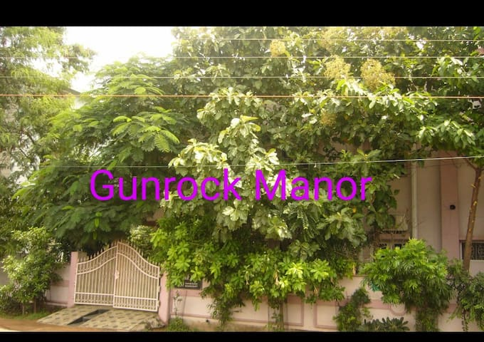Gunrock Manor - Good Vibes, Comfortable, Breezy