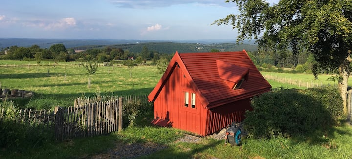 """Cabane """"Troll"""" au coeur des Ardennes"""