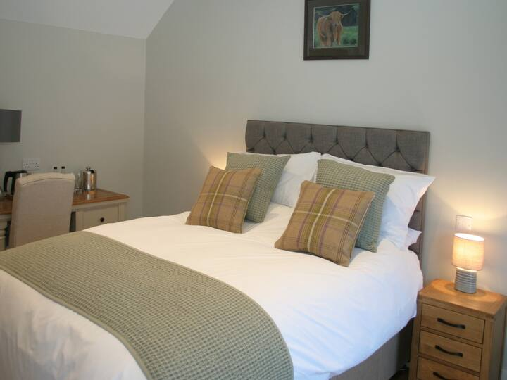 Kent Ensuite Double Room @The Red Cow