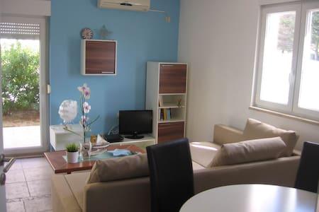 Beachside apartment Marina - Palit - Wohnung