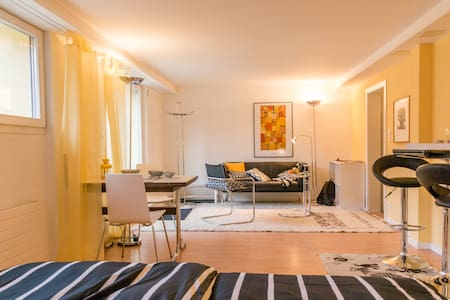 Quiet stylish garden apartment 10 min from center - Muri bei Bern - Lejlighed