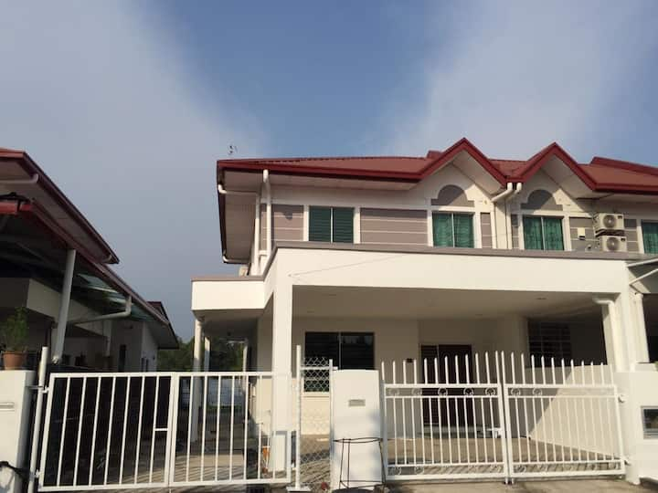Opposite ITCC Mall Double Storey Landed House