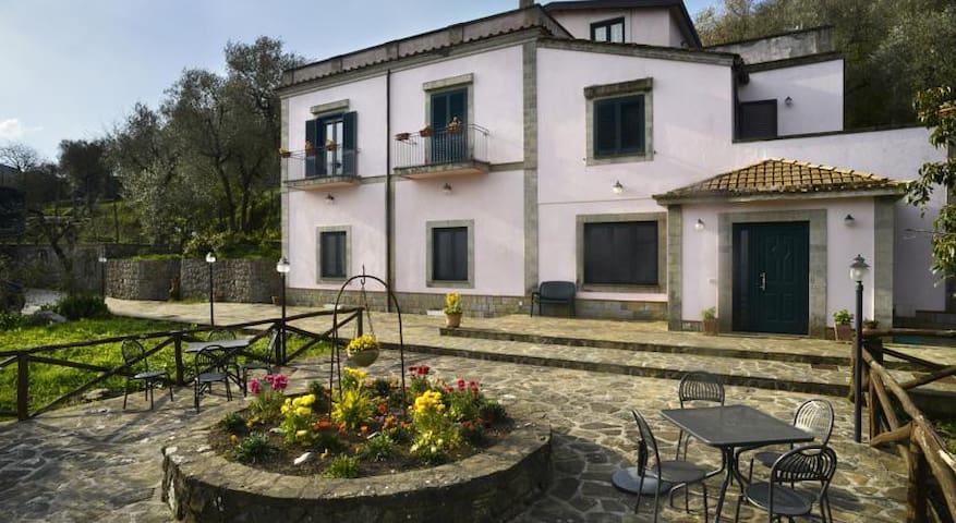 Country House Villa Il Casale - Priora - Villa