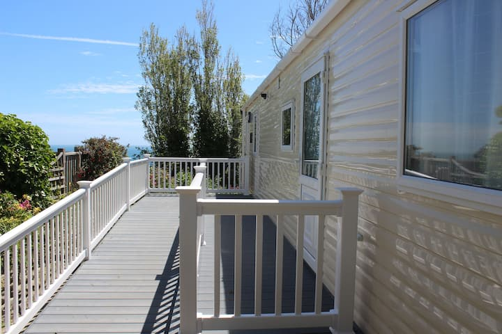 Cove Holiday Park - Brightstone 66