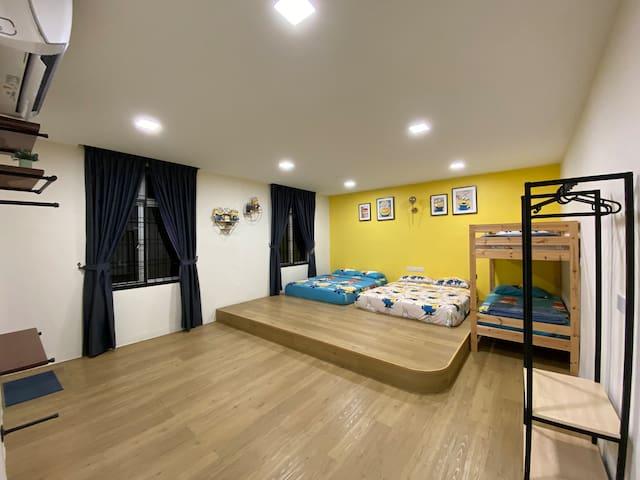 Minion family room (6 pax)