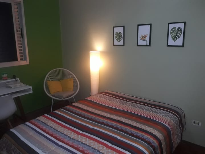 Double bed in a great neighborhood