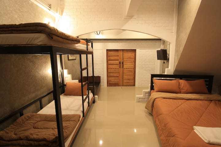 Krabi loft house - Tambon Pak Nam - Haus