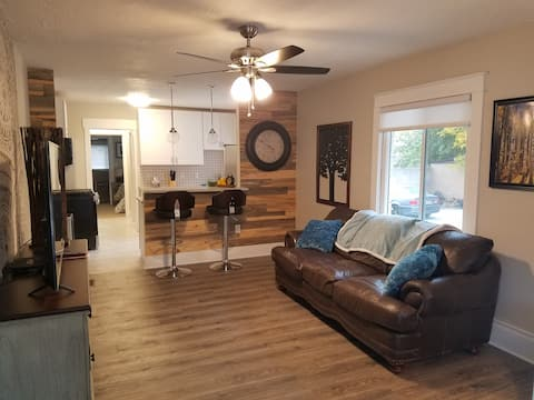 PRIME LOCATION! 1 BDRM, 2 BLKS to Downtown Provo