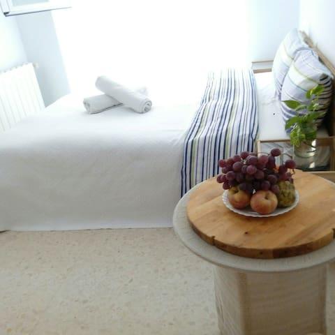 conel baño y mini cocina personales - Walencja - Apartament