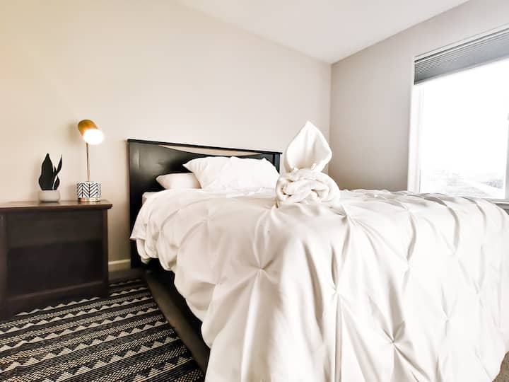 MT. VIEW|Room|QUEEN BED|WIFI in NEWHOME near♥️RENO