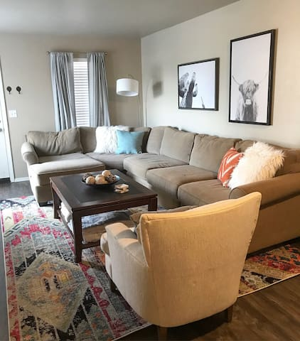 Quiet - Lake Hefner Apartment in the middle of OKC