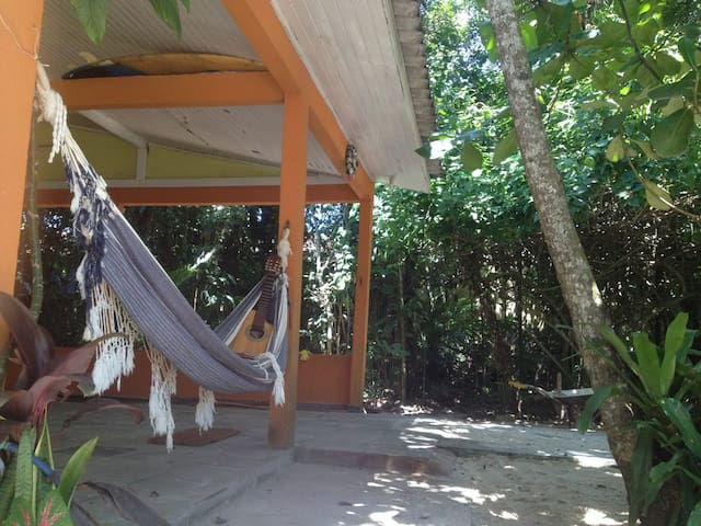 Casa de praia adorável a 350 metros do mar - Itapoá