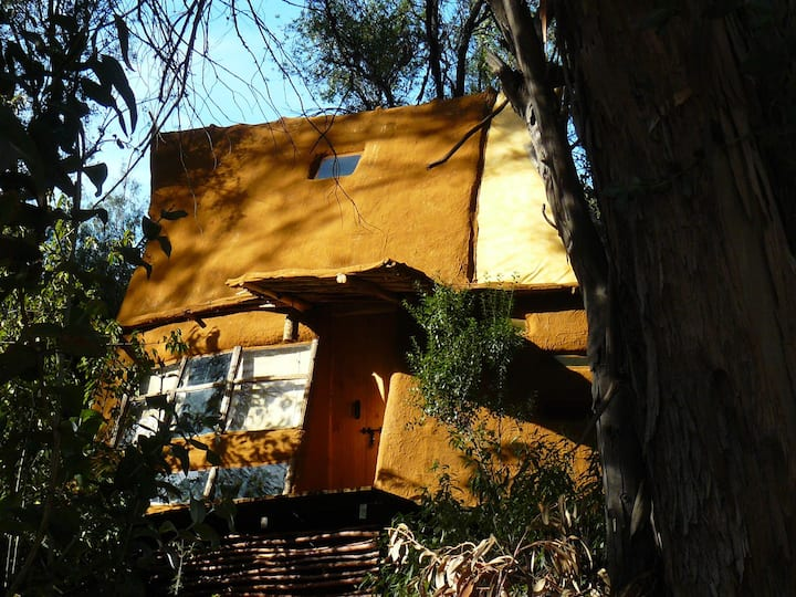 El Arca Naranja, Cabaña Ecológica