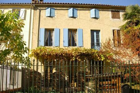Bright Airy Family House - Rouvenac