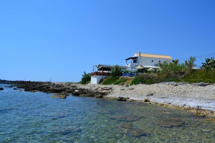 Rousalis Studio-Corfu- Hellas