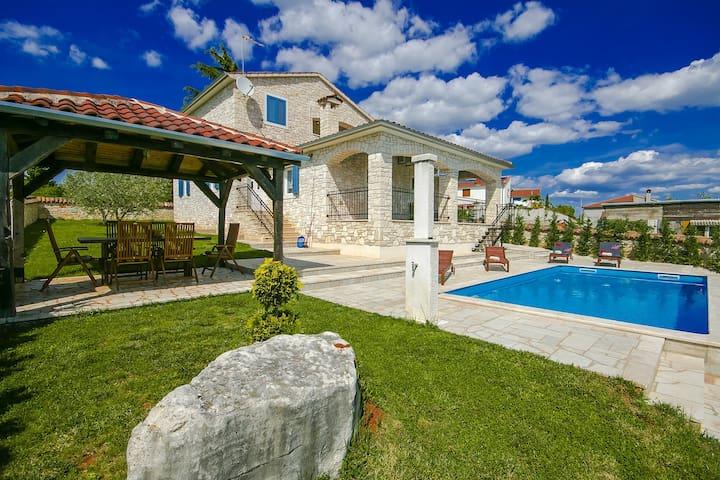 Cosy Villa Gordana