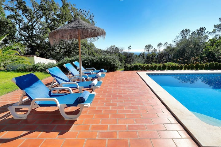 Villa Pica-Pau, with stunning views to the coast.